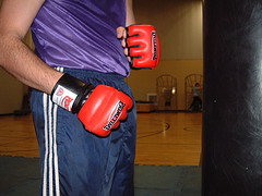 kick-boxing-gloves